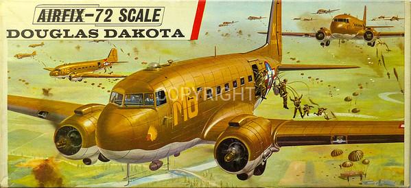 WW11 US Dakota parachute transport.
