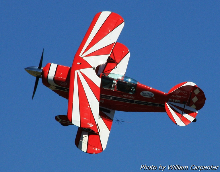 EAA experimental aircraft association fly-in fly in air show airshow flying aerobatics ultralight aviation sport general airplanes kitplanes simav8r productions william carpenter