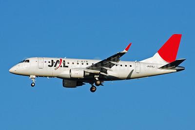 Airline Color Scheme - Introduced 2002 (JAL)