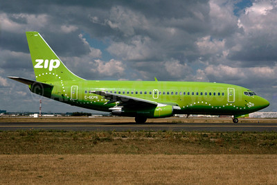 Airline Color Scheme - Introduced 2002 (green)