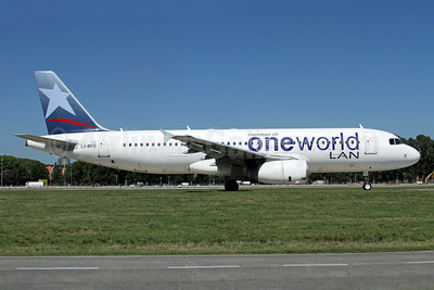 LAN Argentina's Oneworld special livery