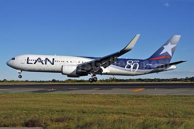 LAN Airlines (Chile) Boeing 767-316 ER WL CC-CZW (msn 29227) JFK (80 Years) (Ken Petersen). Image: 903816.