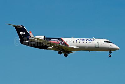 Adria Airways Bombardier CRJ200 (CL-600-2B19) S5-AAF (msn 7272) (Mini Dviga Krila) ZRH (Paul Denton). Image: 909720.