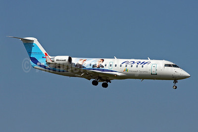 Adria Airways Bombardier CRJ200 (CL-600-2B19) S5-AAE (msn 7170) (Microsoft Dynamics - Flying business success) AMS (Arnd Wolf). Image: 905132.