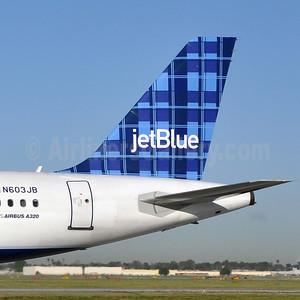 JetBlue Airways (2004-Plaid) (USA)