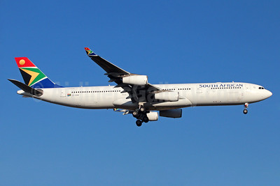 South African Airways Airbus A340-313 ZS-SXB (msn 582) JNB (Christian Volpati). Image: 933799.