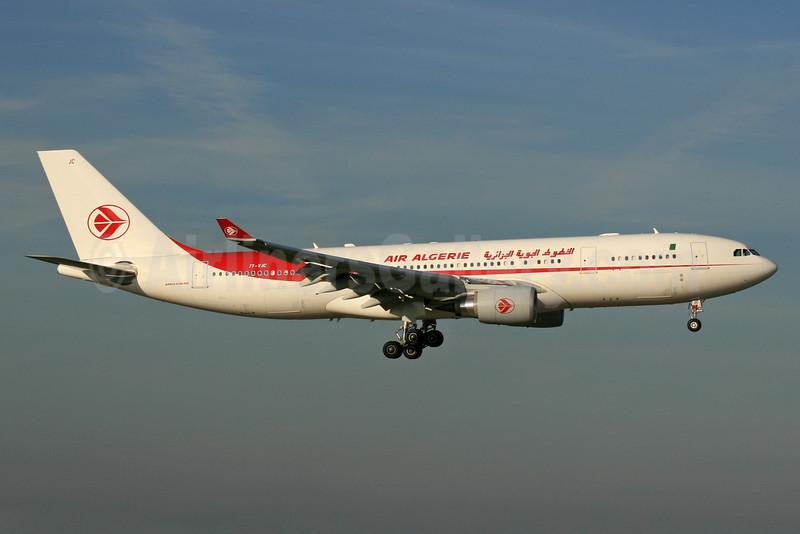 Air Algerie Airbus A330-202 7T-VJC (msn 1649) LHR (SPA). Image: 930394.