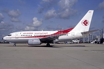 Air Algerie Boeing 737-6D6 7T-VJQ (msn 30209) CDG (Christian Volpati). Image: 910324.