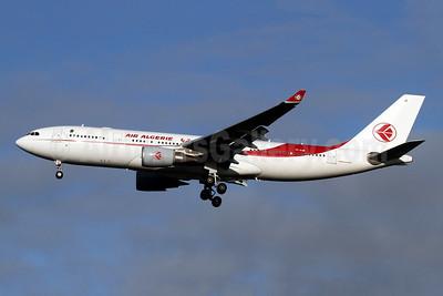 Air Algerie Airbus A330-202 7T-VJB (msn 1630) LHR (SPA). Image: 948961.