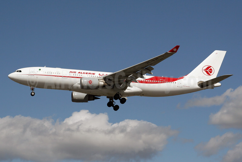 Air Algerie Airbus A330-202 7T-VJY (msn 653) LHR (SPA). Image: 928457.
