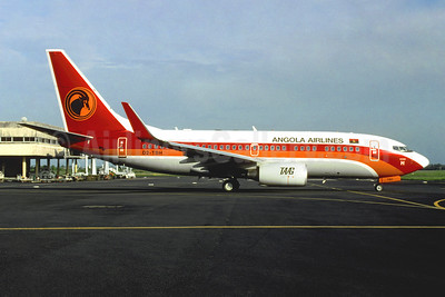 TAAG-Linhas Aereas de Angola (TAAG Angola Airlines) Boeing 737-7M2 WL D2-TBH (msn 34561) DLA (Jacques Guillem). Image: 951010
