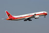 TAAG Angola Airlines (TAAG Linhas Aereas de Angola) Boeing 777-3M2 ER D2-TEG (msn 40805) (Angola 2013-41st Mundial e Hoquei Patins) LIS (Pedro Baptista). Image: 913242.