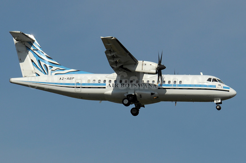 Air Botswana ATR 42-500 A2-ABP (msn 512) JNB (Paul Denton). Image: 910346.