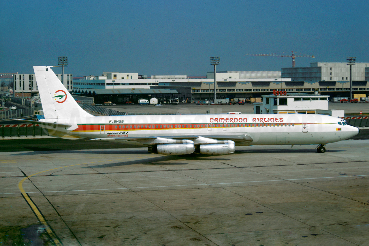 Cameroon Airlines (Air France) Boeing 707-328 F-BHSB (msn 17614) ORY (Jacques Guillem). Image: 922241.