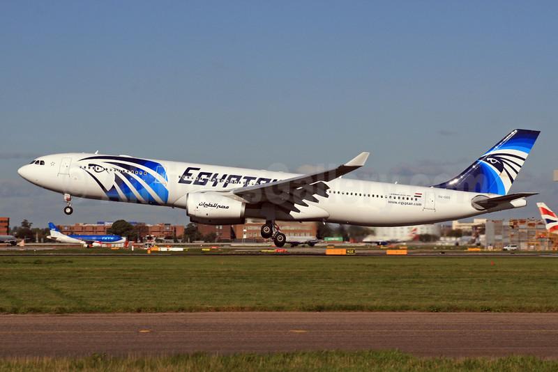 EgyptAir Airbus A330-343X SU-GDS (msn 1143)  LHR. Image: 924364.
