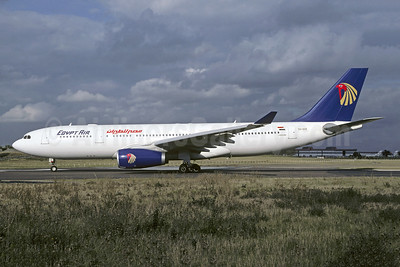 Egypt Air Airbus A330-243 SU-GCE (msn 600) ORY (Jacques Guillem). Image: 945219.