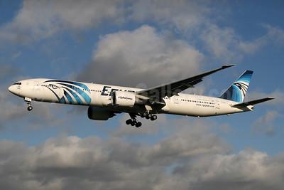 EgyptAir Boeing 777-36N ER SU-GDO (msn 38289) LHR (SPA). Image: 936941.
