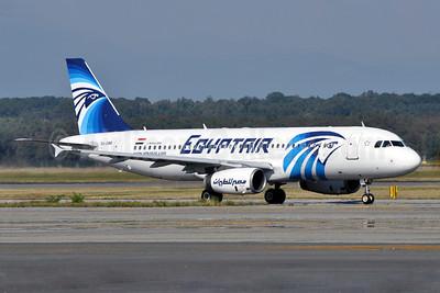 EgyptAir Airbus A320-231 SU-GBB (msn 166) MXP (Richard Vandervord). Image: 903686.