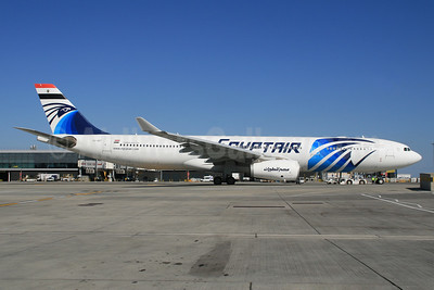 EgyptAir - Arab Republic of Egypt Airbus A330-343 SU-GDT (msn 1230) LHR (SPA). Image: 927307.