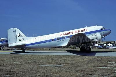 Pyramid Airlines Charter Services Douglas C-47A-DL (DC-3) N925 (msn 20016) (Piedmont colors) MLA (Richard Vandervord). Image: 951859.