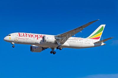 Ethiopian Airlines Boeing 787-8 Dreamliner ET-AOR (msn 34746) GRU (Rodrigo Cozzato). Image: 931097.