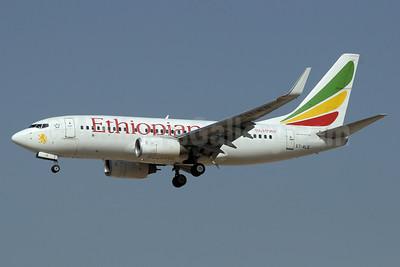 Ethiopian Airlines Boeing 737-76N WL ET-ALQ (msn 33420) DXB (Paul Denton). Image: 911478.