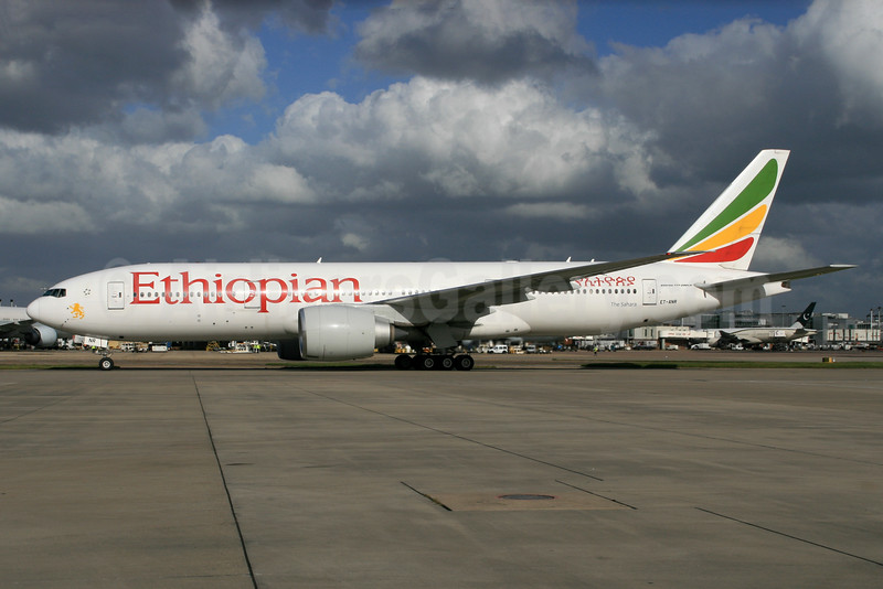 Ethiopian Airlines Boeing 777-260 LR ET-ANR (msn 40774) LHR. Image: 928920.