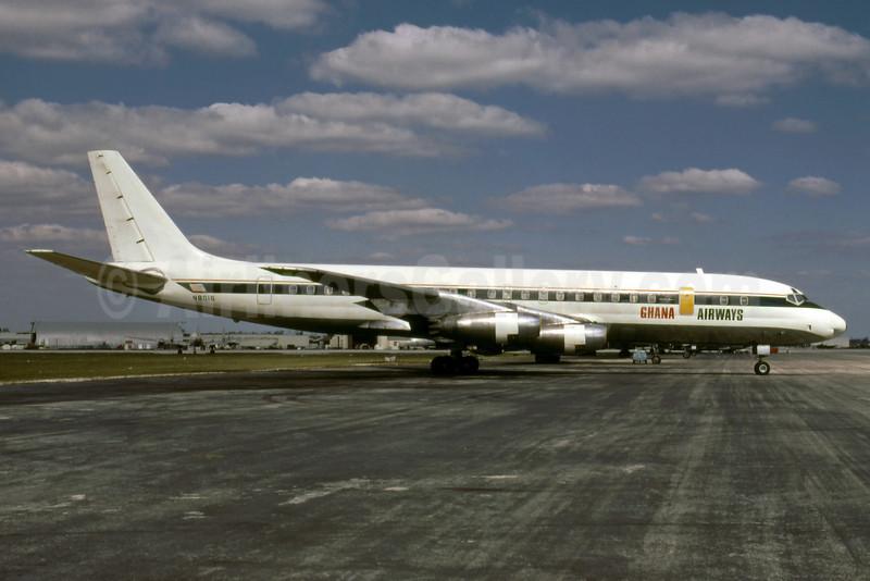 Ghana Airways Douglas DC-8-33 N8016 (msn 45254) (Delta colors) MIA (Bruce Drum). Image: 102718.
