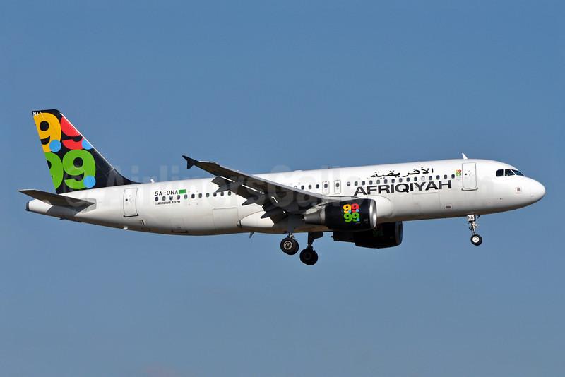 Afriqiyah Airways Airbus A320-214 5A-ONA (msn 3224) LGW (Richard Vandervord). Image: 904922.