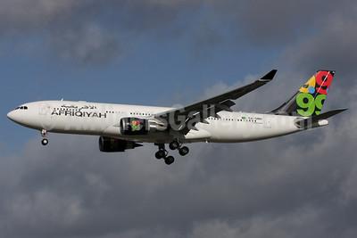 Afriqiyah Airways Airbus A330-202 TS-ONH (msn 1043) LGW (Antony J. Best). Image: 903924.