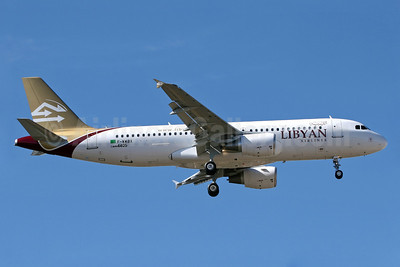 Libyan Airlines Airbus A320-214 F-WWBX (5A-LAH) (msn 4405) TLS. Image: 905431.
