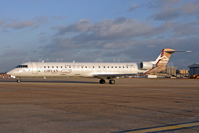 Libyan Airlines Bombardier CRJ900 (CL-600-2D24) 5A-LAA (msn 15120) LHR (SPA). Image: 940585.