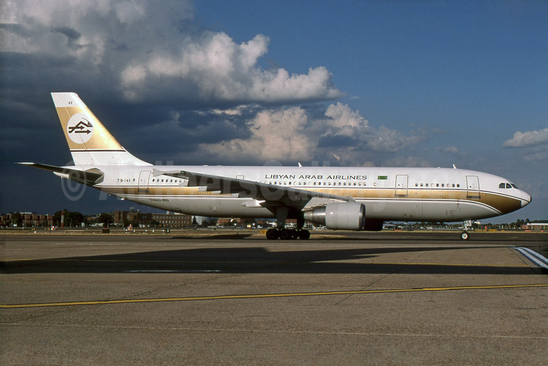 Libyan Arab Airlines (Libyan Airlines) Airbus A300B4-622R TS-IAX (msn 601) LHR (SPA). Image: 930851.