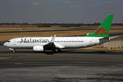 Malawian Airlines (Ethiopian Airlines) Boeing 737-860 WL ET-APL (msn 40965) JNB (Rob Finlayson). Image: 924383.