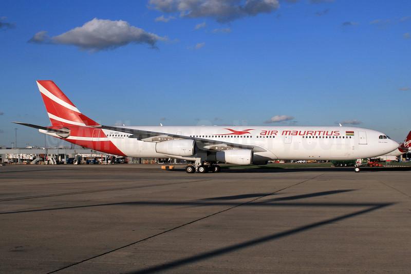 Air Mauritius Airbus A340-313 3B-NBE (msn 268) LHR. Image: 932843.