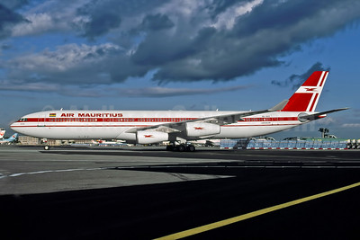 Air Mauritius Airbus A340-312 3B-NAU (msn 076) FRA (Ron Rindt Collection). Image: 949241.