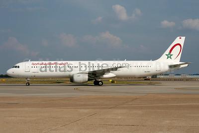 Atlas-blue.com - Royal Air Maroc Airbus A321-211 CN-RNY (msn 2076) LHR (Wingnut). Image: 900455.