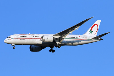 Royal Air Maroc Boeing 787-8 Dreamliner CN-RGT (msn 35509) IAD (Brian McDonough). Image: 942871.