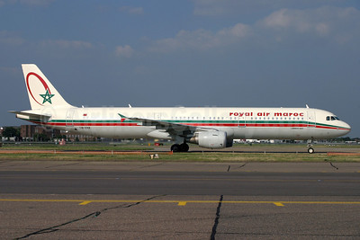 Royal Air Maroc Airbus A321-211 CN-RNX (msn 2064) LHR (Antony J. Best). Image: 902602.