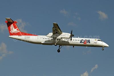 LAM-Linhas Aereas de Mocambique Bombardier DHC-8-402 (Q400) C9-AUM (msn 4020) JNB (Paul Denton). Image: 910221.