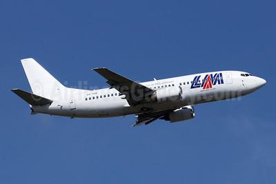 LAM-Linhas Aereas de Mocambique Boeing 737-36Q ZS-TGB (msn 29327) JNB (Jonathan Druion). Image: 946195.