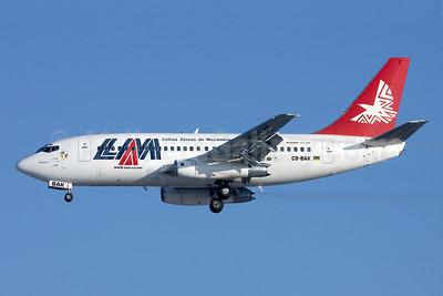 LAM-Linhas Aereas de Mocambique Boeing 737-2K9 C9-BAK (msn 23404) JNB (Bailey). Image: 931421.