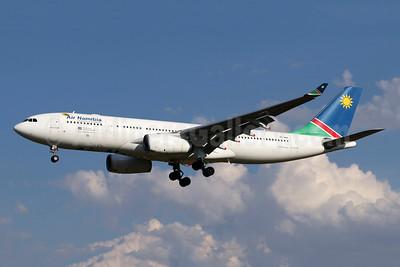 Air Namibia Airbus A330-243 V5-ANO (msn 1451) JNB (Jonathan Druion). Image: 945995.