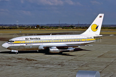 Air Namibia Boeing 737-25A V5-ANA (msn 23790) HRE (Perry Hoppe). Image: 911635.