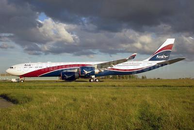 Arik Wings of Nigeria (Arik Air) Airbus A340-542 F-WJKH (msn 910) ORY (Pepscl). Image: 901352.
