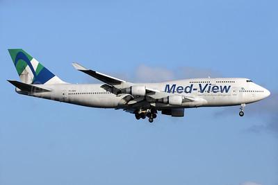Med-View Airline - The Airline of Nigeria (Air Atlanta Icelandic) Boeing 747-412 TF-AMV (msn 28022) LGW (Antony J. Best). Image: 938173.