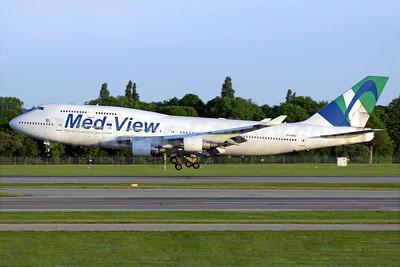 Med-View Airline - The Airline of Nigeria (Air Atlanta Icelandic) Boeing 747-412 TF-AMV (msn 28022) LGW (Antony J. Best). Image: 937866.