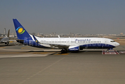 RwandAir Boeing 737-84Y WL 9XR-WG (msn 40893) DXB (Paul Denton). Image: 910130.