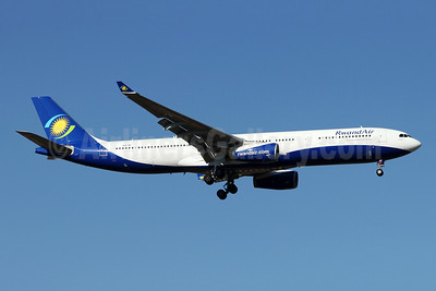 RwandAir Airbus A330-343 9XR-WP (msn 1759) JNB (Jonathan Druion). Image: 946044.
