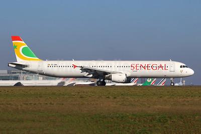 Senegal (Air Senegal) Airbus A321-211 6V-AMC (msn 1881) CDG (Manuel Negrerie). Image: 953004.